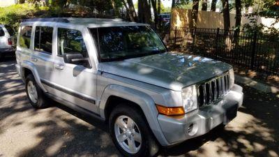 2007 Jeep Commander Sport (Bright Silver Metallic)