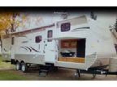 2013 Gulf Stream Conquest Travel Trailer in Spring Grove, IL