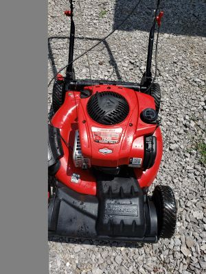 Troy-Bilt TB200 self Propelled push mower just dont use anymore
