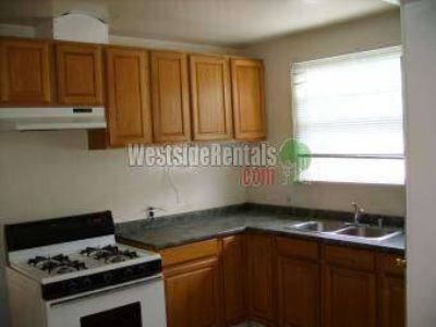 House for Rent in Winnetka, California, Ref# 7473