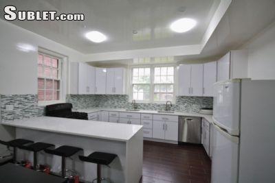 $600 5 apartment in Flushing