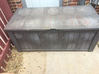 Keter Brightwood Outdoor Plastic Deck Box All-Weather Storage CP