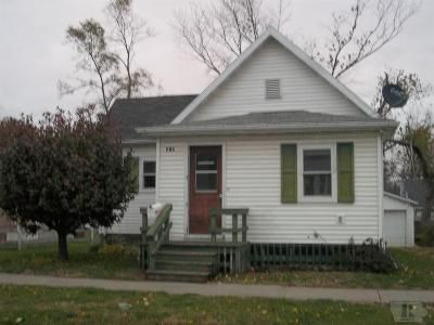 2 Bed 1 Bath Foreclosure Property in Marshalltown, IA 50158 - Union St