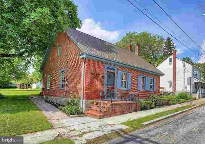 26 E High St MAYTOWN Three BR, One of the first homes in