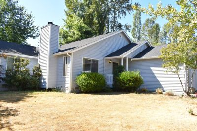 Single Family Home in Kirkland