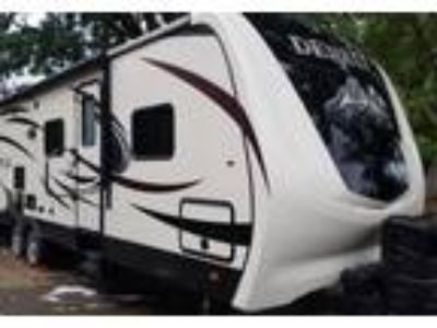 2016 Dutchmen Denali Travel Trailer in Hillsboro, OR