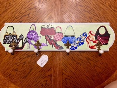 BRAND NEW!! HANDPAINTED FASHION CLOTHES JEWELRY WALL HANGER