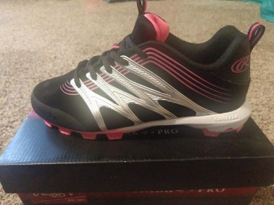 Brand New Rawlings Cleats Size 4.5