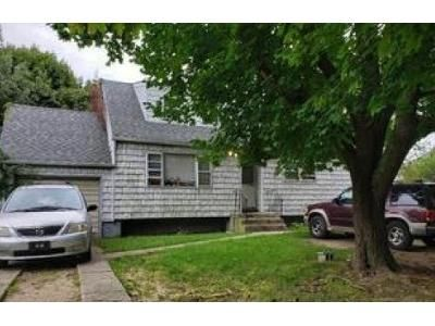 3 Bed 2 Bath Foreclosure Property in Wyandanch, NY 11798 - S 35th St
