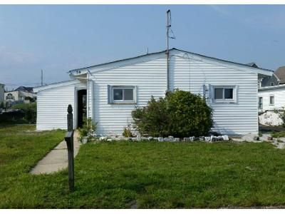 3 Bed 1 Bath Preforeclosure Property in Tuckerton, NJ 08087 - W Dory Dr