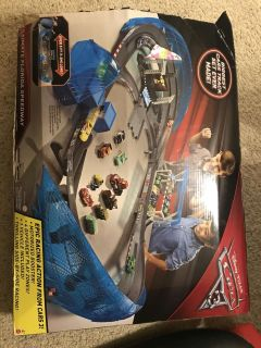 Cars 3 Ultimate Florida Speedway, motorized booster