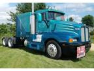 1991 Kenworth T600 Truck in Eau Claire, WI