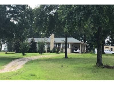 3 Bed Preforeclosure Property in Coffeeville, MS 38922 - Highway 7