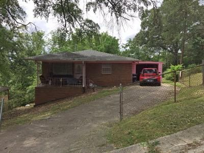 3 Bed 1 Bath Preforeclosure Property in Dolomite, AL 35061 - Morrow St
