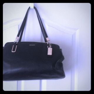 Coach Bag LARGE Authentic, tags & badge inside
