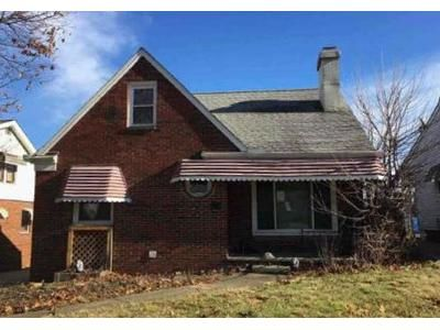 3 Bed 1 Bath Preforeclosure Property in Cleveland, OH 44125 - E 114th St