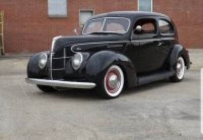 1938 Ford Tudor hot rod