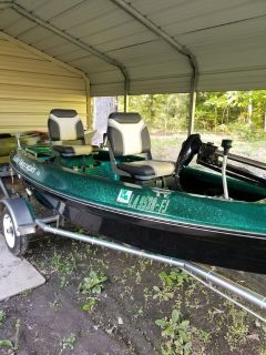 Water moccasin boat