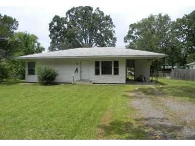 3 Bed 1 Bath Foreclosure Property in White Hall, AR 71602 - Cambridge Dr