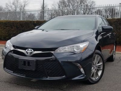 2015 Toyota Camry SE Sdn Auto w/Back-up Camera,Touch Screen (Cosmic Gray Mica)