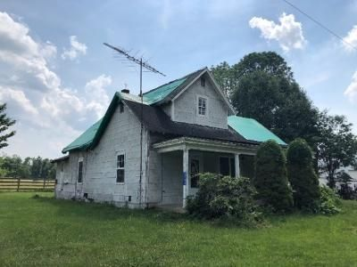 3 Bed 1 Bath Foreclosure Property in Martinsville, IN null - State Rd 142