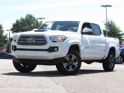 2016 Toyota Tacoma 2WD Double Cab V6 AT TRD Sport (Super White)
