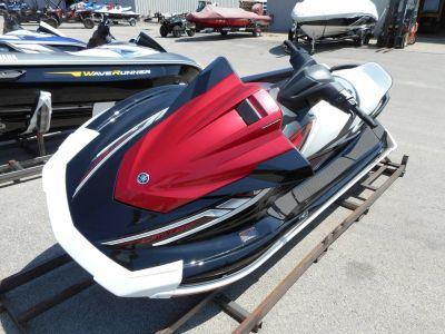 2018 Yamaha VX Limited 3 Person Watercraft Belvidere, IL