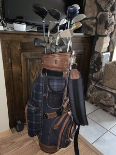 Golf clubs & storage container