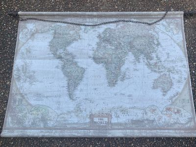 LARGE LIKE NEW WALL MAP 44 x 32 on METAL RODS TOP & BOTTOM with CHAINGREAT QUALITYBeautiful colors in map!!