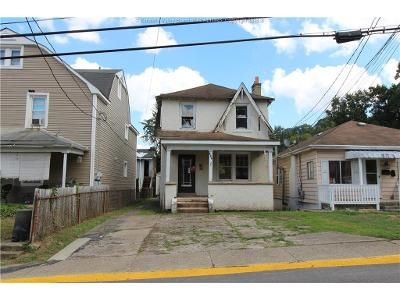 3 Bed 2 Bath Foreclosure Property in Charleston, WV 25303 - 317 1 2 Central Avenue