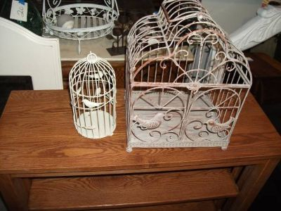 LARGE BIRD CAGE ALL METAL VERY ORNATE