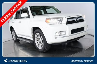 2013 Toyota 4Runner Limited (blizzard pearl metallic)