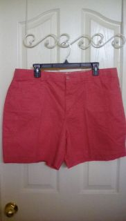 VERY CUTE, ONLY WORE ONCE, CORAL GLORIA VANDERBILT SHORTS, SIZE 18