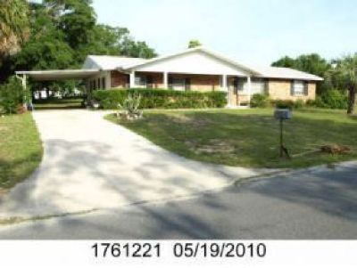 Sweet,well maintained ranch with bright eat in kitchen,new floors, screen room
