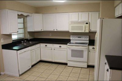 One Family House 3 Bedroom 1.5 Baths Available Today Deltona, FL