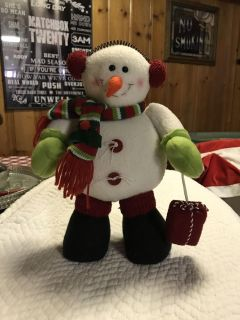 Adorable snowman with weighted feet 11 1/2