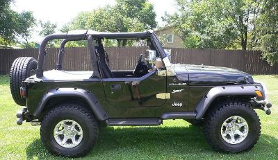 $2,251, Clean Convertible Jeep Wrangler