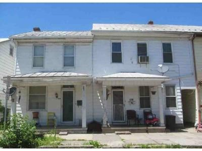 6 Bed 2 Bath Foreclosure Property in Newport, PA 17074 - -234 Mulberry St