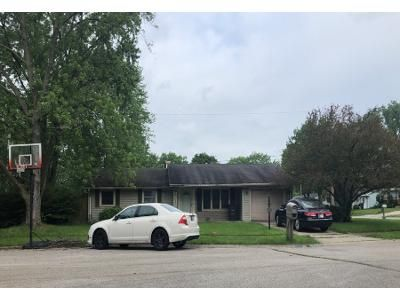 3 Bed 2 Bath Preforeclosure Property in Fort Wayne, IN 46815 - Baronet Ct