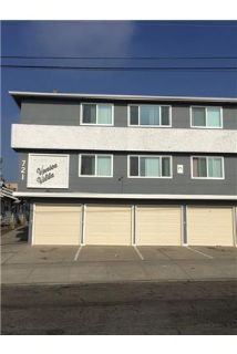 Newly Remodeled 2 Bedroom / 1 Bath apartment Located In DOWNSTAIRS UNIT!
