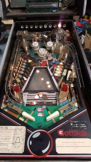 Gottlieb Pinball Machine Bad Girls (read description)