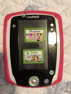 Leap pad 2, 2 games and case
