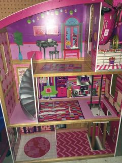 Barbie sized wooden dollhouse w/some furniture
