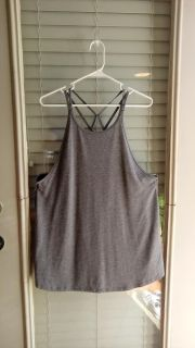 Champion Duo Dry grey knit active tank. Great condition. Size XXL but fits like an XL