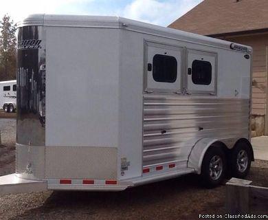 2017 Cimarron Norstar RTG 2 Horse trailer