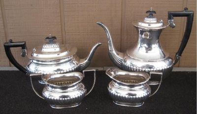 *~~ Sheffield Silver Plate Georgian Style Four Piece Coffee Tea Service ~~*