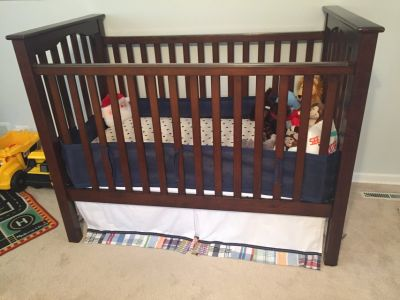 POTTERY BARN KIDS CRIB WITH INFANT/TODDLER MATTRESS