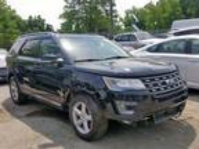 Salvage 2017 FORD EXPLORER XLT for Sale