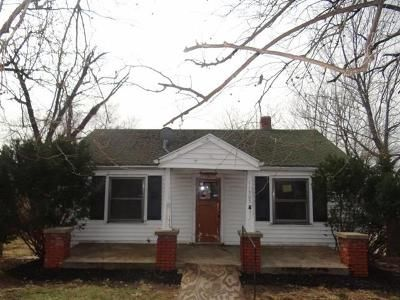 2 Bed 1 Bath Foreclosure Property in Independence, MO 64054 - E 9th St S