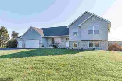 40849 Louden Avenue North Branch Five BR, This home is ready to